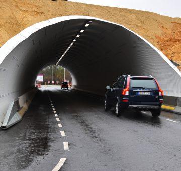 tunnels van staal, Super Cor en Multi-Plate